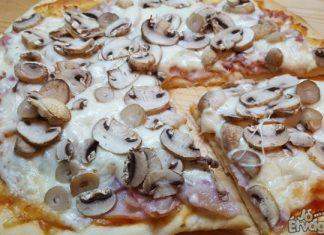 Házi sonkás pizza