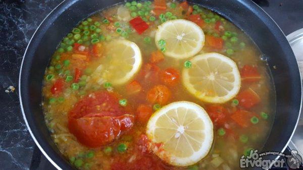 Zöldségek főzése