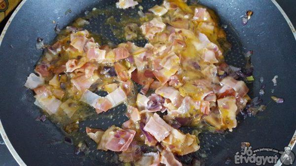 Bacon és tojás