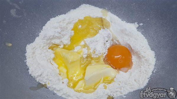 Búzaliszt tojás
