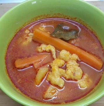 Fokhagymás-nokedlis leves
