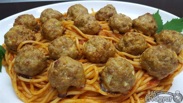 Spagettis húsgombocok