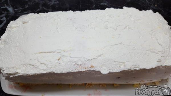 Habtejszínes torta